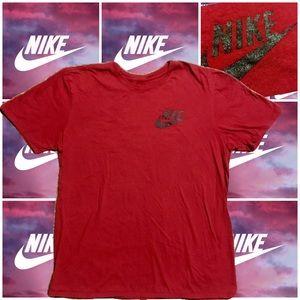 NIKE Men's Large Maroon Black Logo T Shirt